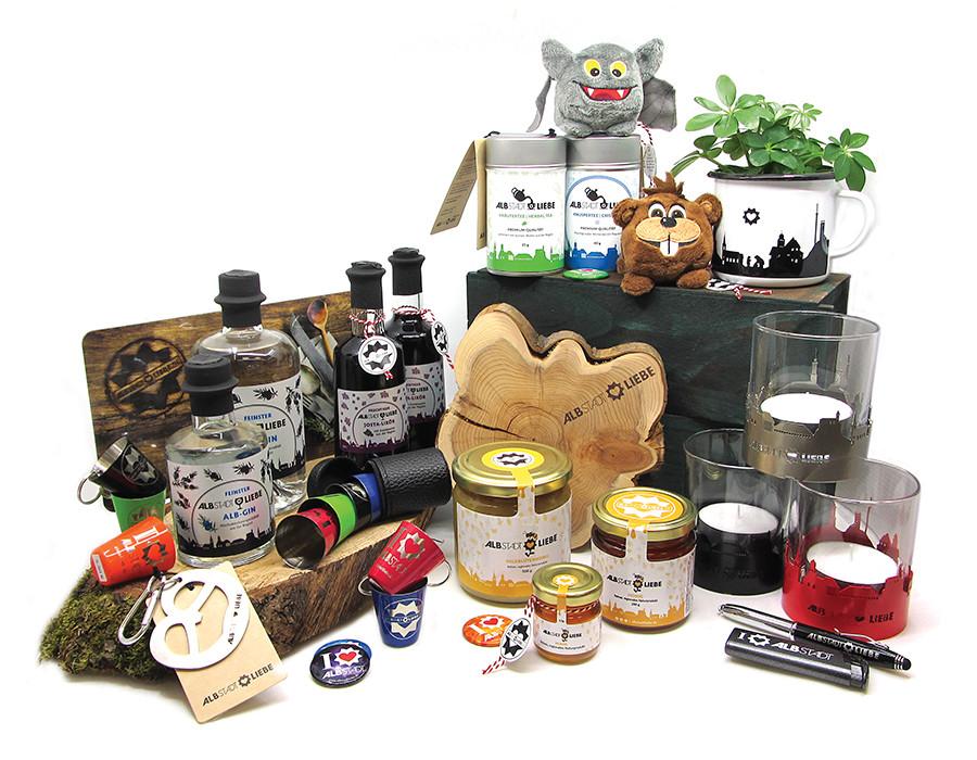 Sortiment verschiedener Produkte von AlbstadtLiebe